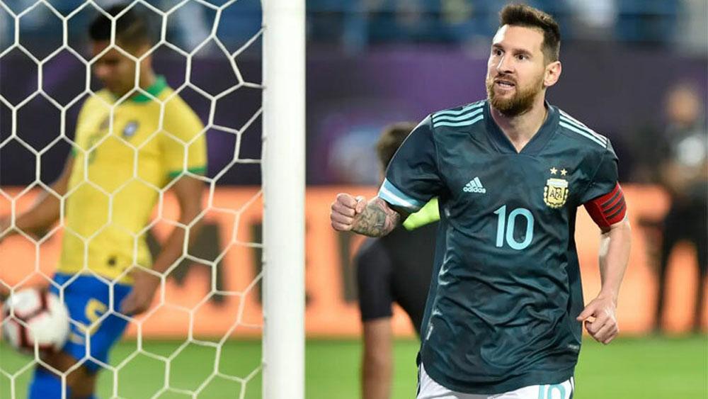 Messi ghi bàn giúp Argentina hạ Brazil